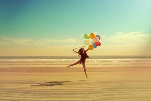 blog-a-terapia-de-alice-priscila-ribas-amor-garota-praia-baloes